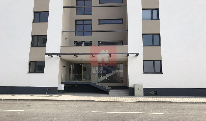 Apartament de vanzare 3 camere Tractorul bloc nou