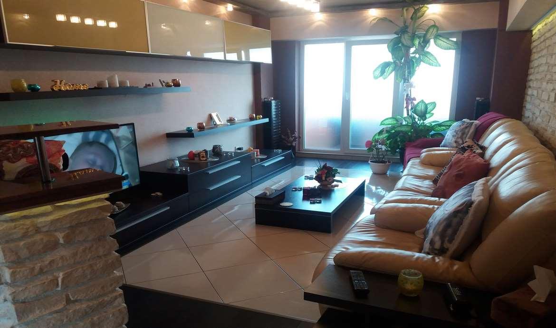 Vanzare Apartament 3 Camere decomandat Racadau mobilat si utilat
